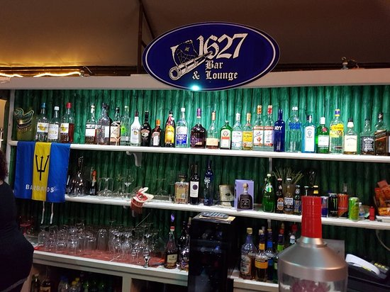 1627 Bar & Lounge, nachtleven, Holetown,club, barbados, luxe vakantie, vakantie, things to do