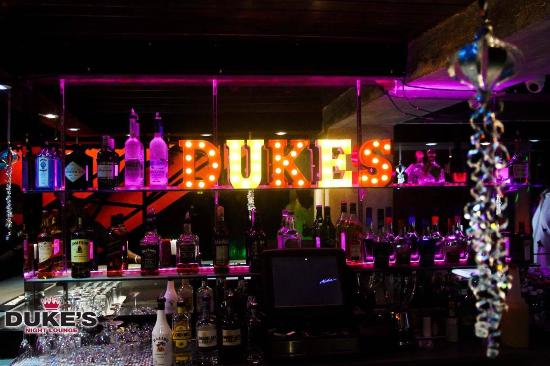 Duke's Night Lounge, Holetown, nachtleven, club, barbados, luxe vakantie, vakantie, things to do